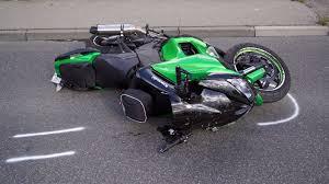 Polizeibericht Baden Baden Tödlicher Motorradunfall Bei Heidenheim Polizei Wertet Video