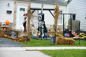 Homes Decorated For Halloween by Haunted Visual Windsor Homes Decorated For Halloween Part Ii