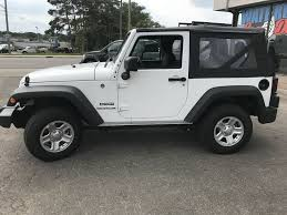 jeep rubicon white 2017 new 2017 jeep wrangler 2 door sport utility in waterloo on r8351