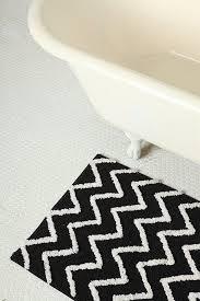 Black And White Bathroom Rugs Black And White Zig Zag Bath Mats For Clawfoot Tub Useful Bathroom