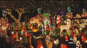 tacky lights richmond va henrico family prepares for annual tacky light tour wric