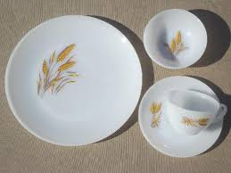 vintage gold wheat king glass dishes set for 4 plates bowls