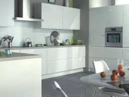 des meubles de cuisine sans poignée nouvelle tendance par