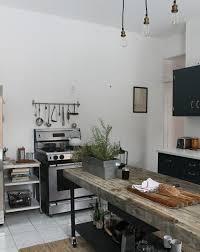 cuisine en metal cuisine industrielle l élégance brute en 82 photos exceptionnelles