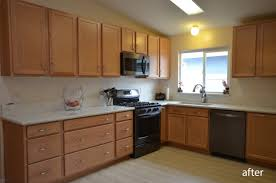 choosing hardware for white kitchen cabinets how to choose the kitchen cabinet hardware