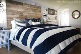 coastal themed bedroom the thrifty girl s guide to coastal decor the thinking closet