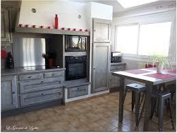 relooker une cuisine rustique en moderne relooker cuisine en chene avec beautiful com moderniser cuisine
