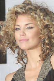 short hairstyle curly on top the best models for short curly hair best curly hair models