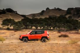 jeep renegade trailhawk orange first drive jeep renegade oversteer