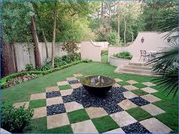 Patio Fountains Diy by Soothing Diy Backyard Landscaping Idea With Small Fountains Also