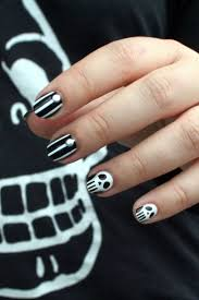 125 best nail art halloween images on pinterest halloween nail