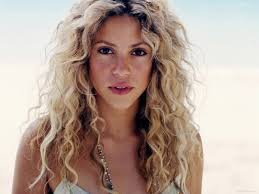 scene haircuts for curly hair i love big long curly hair blonde curls bleach blonde and shakira