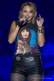 blake shelton fan club login miranda rockin her patty loveless shirt country love pinterest
