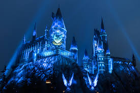 harry potter night light universal studios hollywood casts a dazzling spell on the wizarding