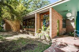 southwest architecture handsome midcentury home in texas asks 1 3m curbed