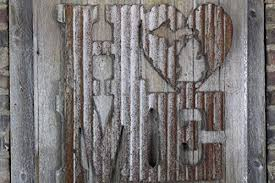 tin home decor amazon com rusty tin home w state cutout home decor initials