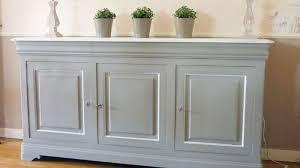 repeindre meuble cuisine bois repeindre un meuble en bois verni decormachimbres com