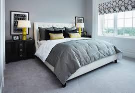 chambre gris idées déco pour une chambre jaune et grise