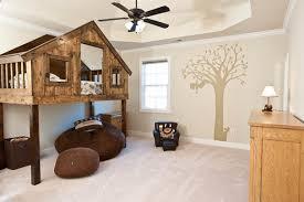 chambre de petit garcon décorer la chambre d un petit garçon un défi déco intéressant