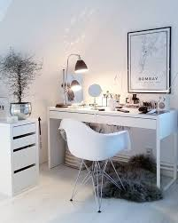 Ikea Vanity Table With Mirror And Bench Best 25 White Makeup Vanity Ideas On Pinterest Diy Makeup