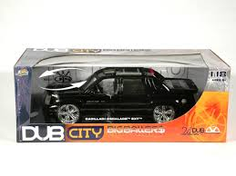1 18 cadillac escalade 2002 cadillac escalade ext diecast model car 1 18 scale from dub