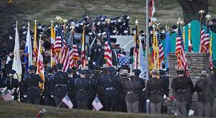 Baltimore County Flag Baltimore Drivers Stopped Saluted Slain Officer U0027s Funeral