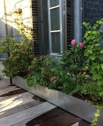 fontaine murale en zinc zinc planter modular custom bac jardiniere a etage zinc