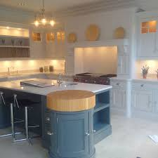 tom howley hand painted kitchens esher showroom la maison