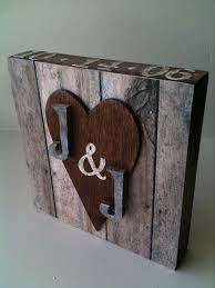 Small Wood Projects For Gifts by Best 25 Wood Anniversary Ideas Ideas On Pinterest Wood