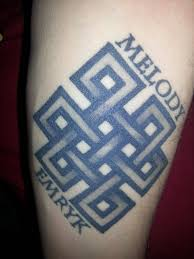 since this seems to be popular lately endless knot with