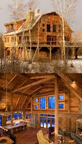 Hip Roof Barn by Best 25 Gambrel Barn Ideas That You Will Like On Pinterest Barn