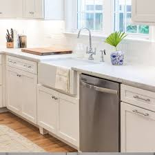 White Farmhouse Sink Traditional Kitchen By Steding Interiors - Farmer kitchen sink