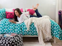 Bedroom Decorating Ideas College Apartments College Apartment Decor Ideas And Girly College Apartment Girls