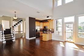 Terracotta Laminate Flooring 1743 West Terra Cotta Place Chicago Il 60614 The Lowe Group