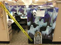 cubicle theme ideas awesome office decorating themes