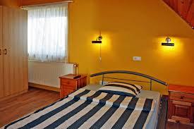 Kleiderschrank F 2 Personen Zimmer Pension Arielle In Zalaegerszeg