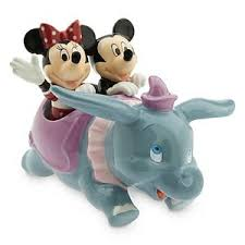 Salt And Pepper Shakers Your Wdw Store Disney Salt And Pepper Shakers Dumbo With