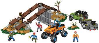 jeep cartoon offroad amazon com mega bloks jeep off road adventure toys u0026 games