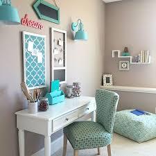 Room With Desk Turquoise Teen Room White Desks Meme And Desks