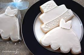wedding cookie cutters iced bridal shower cookies everyday dishes