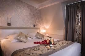 chambre a coucher amoureux chambre a coucher amoureux excellent une chambre dans luun des