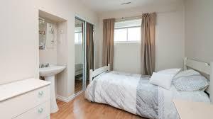 chambre chez l habitant laval chambre près du peps université laval chez michele ville de québec
