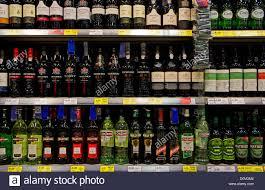 vermouth color vermouth stock photos u0026 vermouth stock images alamy