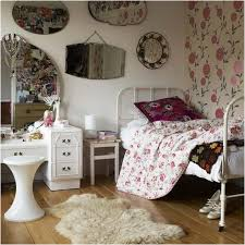 vintage inspired bedroom ideas vintage inspired bedroom furniture room decorating in vintage style