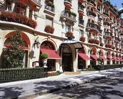 cuisine compl鑼e castorama hotel plaza athénée architecture arquitetura