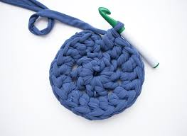 How To Make T Shirt Yarn Rug Free Crochet Patterns How To Make A Crochet Rug Mollie Makes