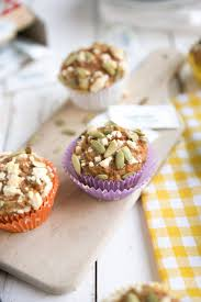 carrot cake muffins with streusel topping u2014 coffee u0026 crayons
