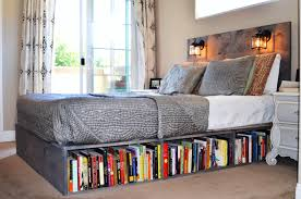 How To Make A Wooden Platform Bed by Wood Platform Bed With Headboard And Bookshelf Los Olivos