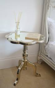Mirrored Bed Flower Pattern Mirror Top Bedside Table With Gold Metal Based On
