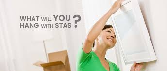 hanging picture stas picture hanging systems easy in use picture rail picture